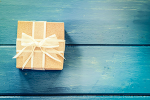 The Best Gift You Can Give Yourself: A Fiscally Friendly Holiday Season